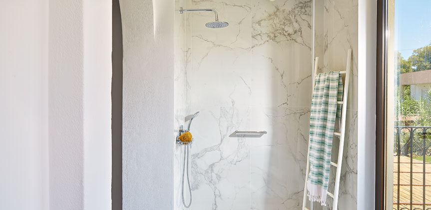 04-deluxe-guestroom-villa-oliva-crete