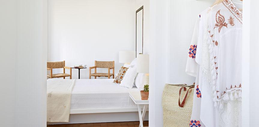 01-superior-guestroom-villa-oliva-crete