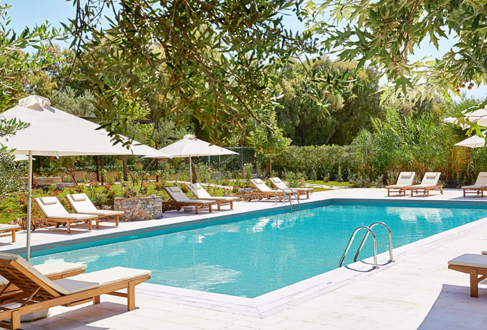 freshwater-pool-villa-oliva